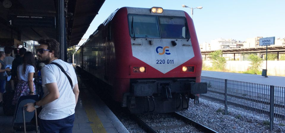 アテネから日帰り!鉄道でメテオラへ